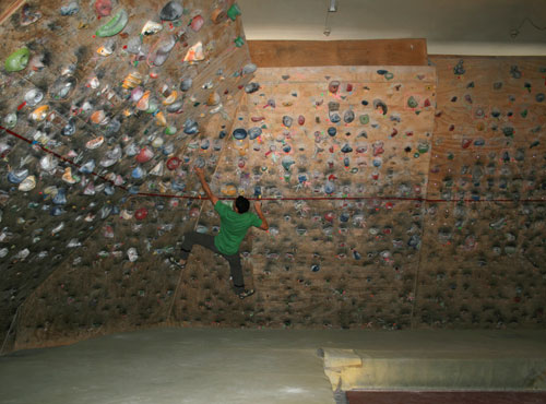Room 14 Bouldering Dunedin Nz Alpine Club